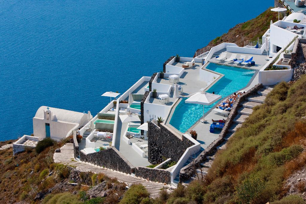 Pictures of grace santorini hotel imerovigli santorini for Hotels in santorini with infinity pools